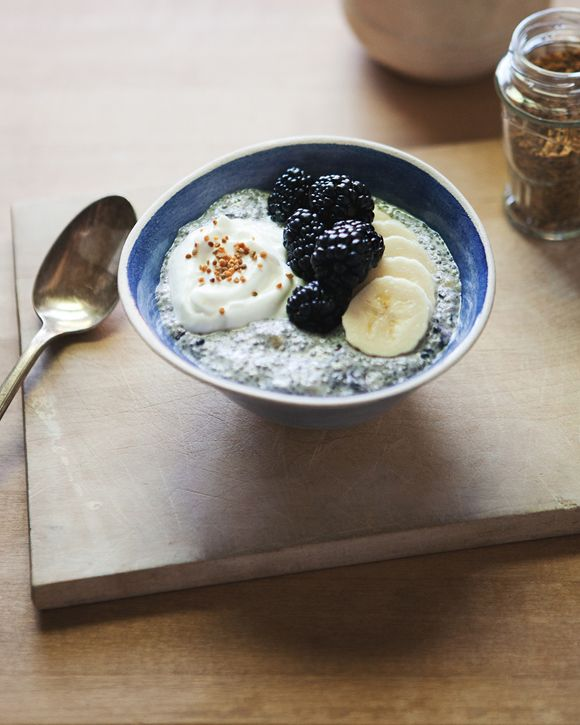 Blackberry Chia Breakfast Bowl